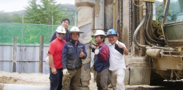 The MihWa drilling team give it the thumbs up.