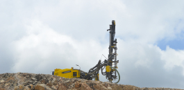 Mining and quarrying contractor Zemer Constructora recently became the first company in Mexico to acquire the Atlas Copco PowerROC T35 E drill rig.