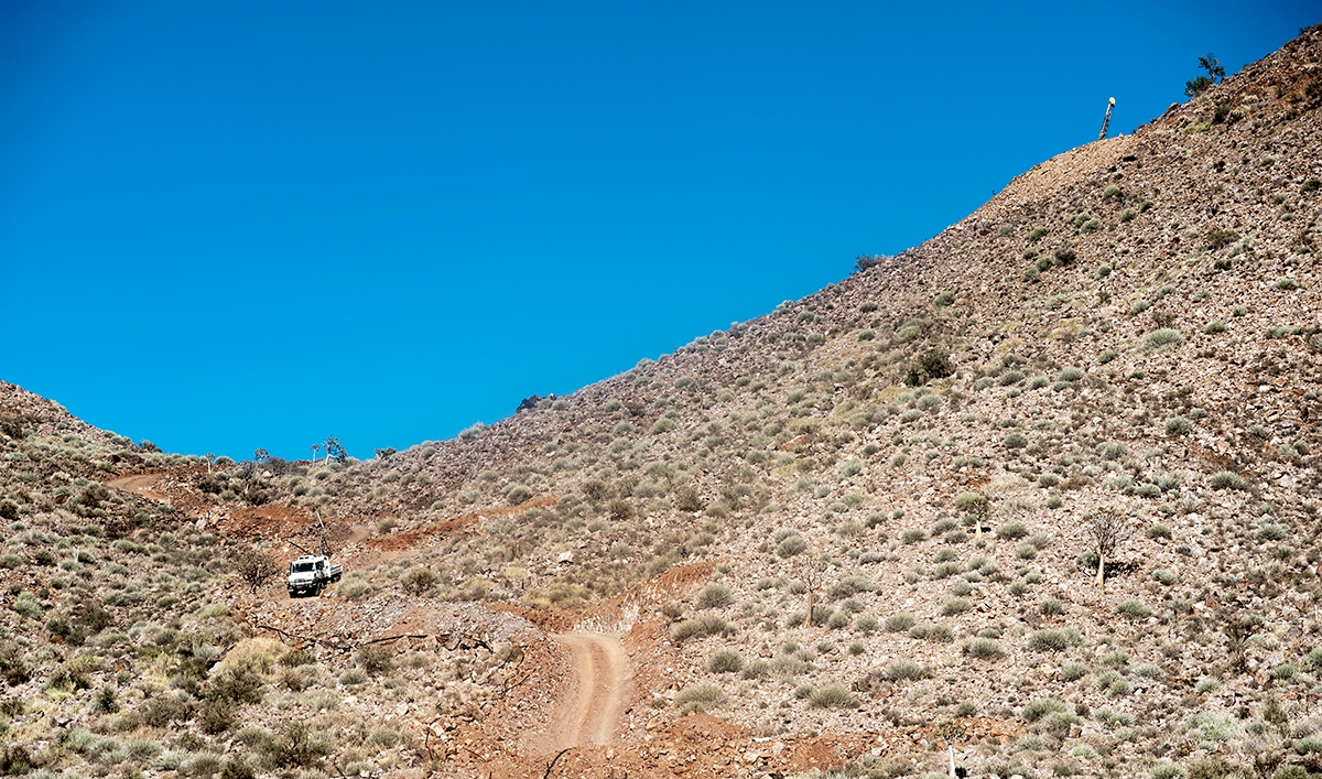 The steep hill leading up to the mountainside drill site was no problems for the Boyles C6C.